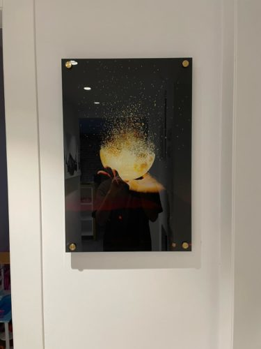 BRING THE LIGHT תמונת השראה זכוכית מהממת מתאימה ללובי או למשרד דגם 3728057 photo review